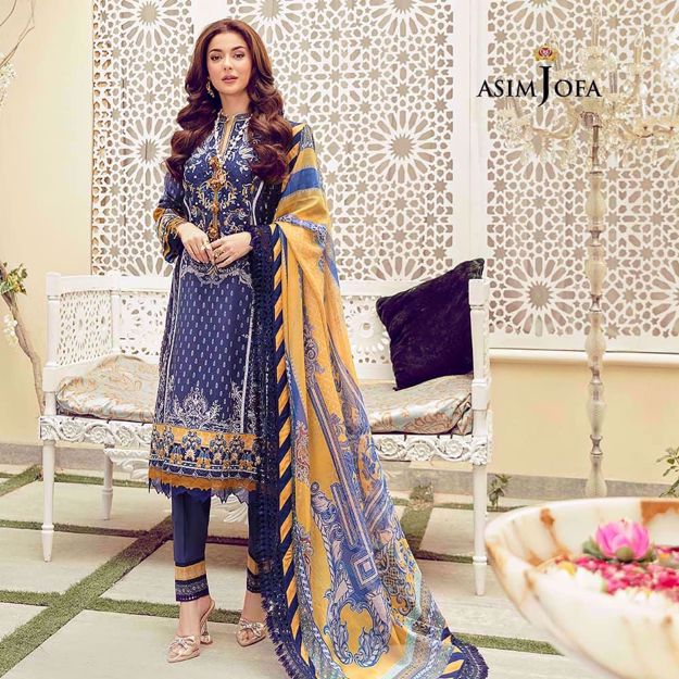 Embroided Lawn 3PC suit With Chiffon Dupatta